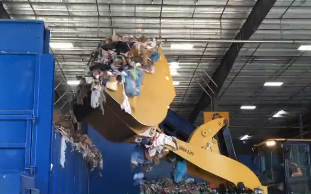 13WMAZ: Macon-Bibb tours recycling centers throughout Georgia