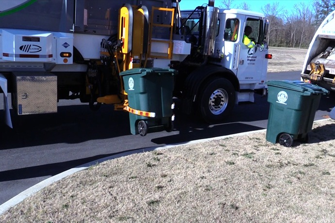 41WMGT: Solid Waste Department, Advance Disposal provide new services